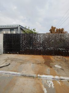 gates (2)